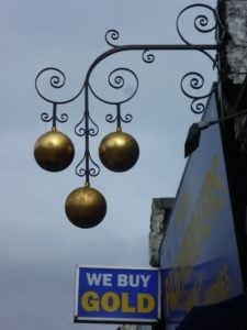 pawn shop loans sign london