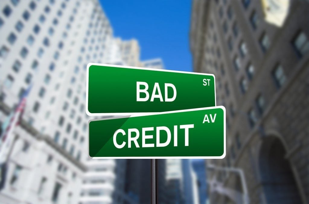 direct lenders bad credit loans street sign
