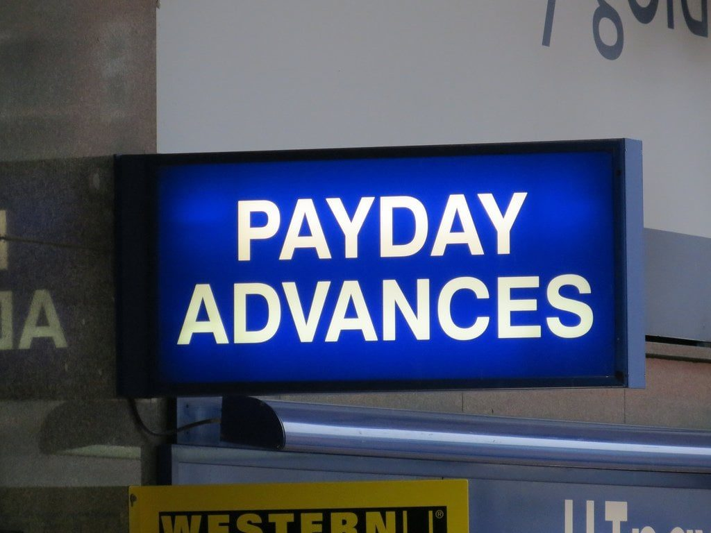 payday loan no guarantor payday advances shop sign