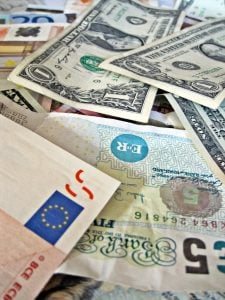 quick cash loans currencies of the world
