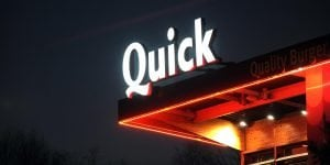 quick loans online illuminated shop sign